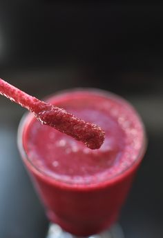 Antioxidant Punch Beetroot, Strawberry and Apple Smoothie