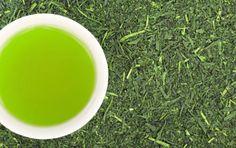 What Is Matcha Green Tea? Health Benefits And Recipes Explained Te Verde Sencha, Matcha Tea Benefits, Green Tea Benefits, Mango Benefits, What Is Matcha, Anti Inflammatory Recipes, Matcha Green Tea, Drinking Tea, Anti Aging