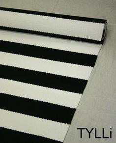 TYLLi: Mustavalkoista