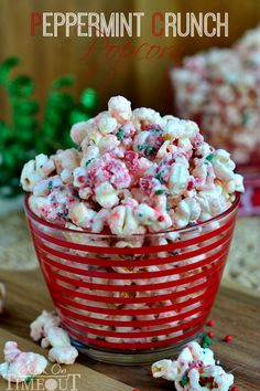 Peppermint Crunch Popcorn - Mom On Timeout