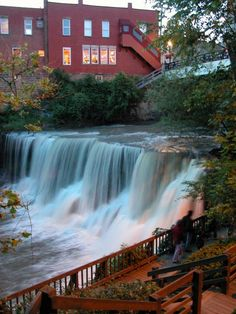 Chagrin Falls is an affluent village in Cuyahoga County, Ohio. It is a suburb of Cleveland in Northeast Ohio. The village was established and has grown around a natural waterfall on the Chagrin River. Ohio Waterfalls, Chagrin Falls Ohio, Places To See, Places Ive Been, Yachting Club, Cleveland Ohio, Cleveland Rocks, Cincinnati, Columbus Ohio