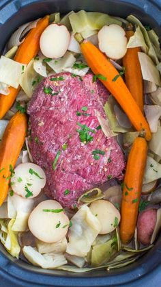 Slow Cooker Corned Beef is incredibly juicy, tender and very flavorful. Made with cabbage, potatoes and carrots for a well rounded meal. This dish is perfect for family weekend dinner or to feed a larger crowd. Corned Beef Brisket, Slow Cooker Corned Beef, Corned Beef Recipes, Slow Cooker Recipes, Cooking Recipes, Healthy Recipes, Crockpot Recipes, Meat Recipes, Healthy Food