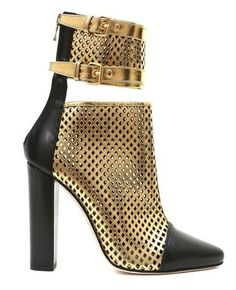 Buy your leather ankle boots Balmain on Vestiaire Collective, the luxury consignment store online. Second-hand Leather ankle boots Balmain Gold in Leather available. Short Black Boots, Black Leather Boots, Black Ankle Boots, High Heel Boots, Ankle Booties, Bootie Boots, Shoe Boots, Leather Booties, Black Booties
