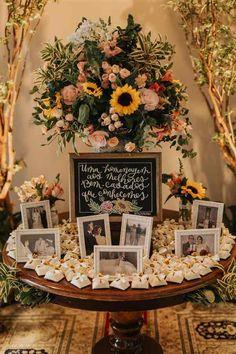 rustico lembrancinha Molde de girassol para imprimir Sonnenblume druckbare Vorlage - … in 2020 Western Wedding Dresses, Luxury Wedding Dress, Elope Wedding, Wedding Tips, Boho Wedding, Rustic Wedding, Wedding Flowers, Wedding Planning, Dream Wedding