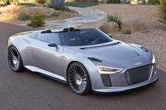Concept Cars - Autos, die so nie gebaut werden Er hat es fast in die Produktion geschafft, darf aber jetzt auch im weitesten Sinne als Studie gelten: der Audi R8 e-tron. Ende 2012 soll die Kleinserie des Elektro-Sportlers zu haben sein. Zwei Elektromotoren mit zusammen 381 PS und 820 Newtonmetern treiben die Hinterräder des e-tron an.