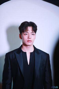 [여진구] 당신의 체크인을 '찬성'합니다 : 네이버 포스트 The Mummy 1, Chinese Collar Shirt, Kim Hee Won, Jin Goo, Handsome Korean Actors, Kdrama Actors, Kim Min, Korean Celebrities, Asian Actors