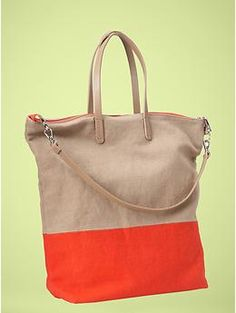 7209cfd0bd70 gap colorblock tote. These look amazing in person and are huge! Summer Bags