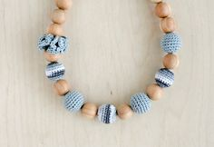 Mommy natural Teething necklace Nursing necklace in grey by kangarusha