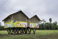 al borde + taller general elevate a lunchroom using functional legs in suburban ecuadorian community Metal Facade, Lunch Room, Spanish Style, The Gathering, Architecture, Gazebo, Community, Outdoor Structures, House Styles