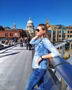 Już marzę o kolejnych podróżach ☀️⛱️⛵✈️🌴👙😎 📷 London, Coat, Jackets, Instagram, Fashion, Down Jackets, Moda, Sewing Coat, Fashion Styles