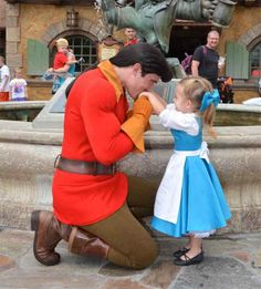 Mom Sews Adorable Disney Costumes For Her Daughters Trips To Disney World