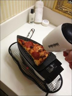 Funny pictures about College dorm cooking. Oh, and cool pics about College dorm cooking. Also, College dorm cooking. College Humor, College Life, Dorm Life, College Food, College Hacks, College Cooking, Funny College, College Recipes, College Checklist