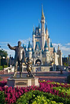 https://flic.kr/p/5u5eus   Magic Kingdom - The Hub   The Hub on Main Street USA Magic Kingdom Walt Disney World Resort