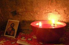 Πρόσωπα – καθρέφτες της Μεγάλης Εβδομάδας Tea Lights, Candle Holders, Candles, Tea Light Candles, Porta Velas, Candy, Candle Sticks, Candlesticks, Candle