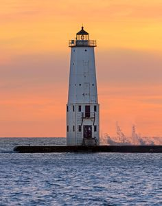 Lighthouse at Frankfort, Michigan by Kenneth Keifer on 500px