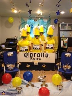 corona bier Corona 6 Pack - Halloween Costume Contest via costumeworks Costume Halloween, Halloween Mode, Halloween Costumes For Teens, Homemade Halloween Costumes, Halloween Fashion, Zombie Costumes, Halloween Couples, Diy Costumes, Beer Costume