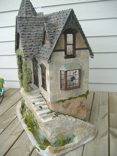 Whispering Cove Dollhouse Tracy Topps | von minis on the edge