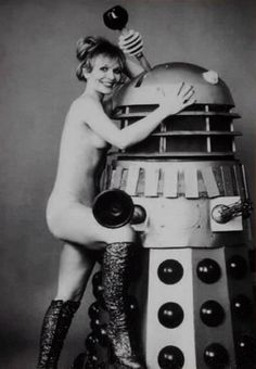 Katy Manning and Dalek, do daleks cum? I think this one might! Doctor Who Assistants, Doctor Who Magazine, Dr Who Companions, John Hannah, April O'neil, Odd Couples, 3 Movie, Dalek, Vintage Movies