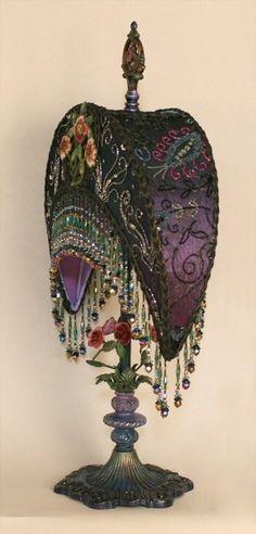 New Art Nouveau Bedroom Furniture Deco Ideas Victorian Lamps, Antique Lamps, Victorian Lighting, Antique Art, Muebles Estilo Art Nouveau, Gypsy Style, Gypsy Décor, Gypsy Moon, Bohemian Style