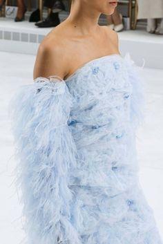Chanel HC SS 2014 #ChanelHauteCouture #SpringSummer2014 Visit espritdegabrielle.com | L'héritage de Coco Chanel #espritdegabrielle