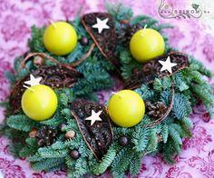 adventi koszorú (40cm) Advent Wreath, Wreaths, Winter, Winter Time, Garlands, Floral Arrangements, Flower Garlands, Leis