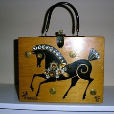 Enid Collins gift horse box bag