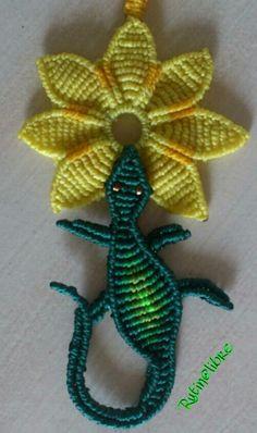 Macrame, flor e iguana
