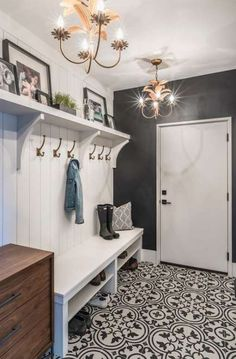 Are you looking for Rustic Farmhouse Mudroom Ideas? Maybe mudroom is a room that is rarely found in several homes, but many modern families consider . Mudroom Laundry Room, Farmhouse Laundry Room, Laundry Room Design, Farmhouse Homes, Farmhouse Interior, Mud Room Lockers, Mudroom Shelf, Farmhouse Bench, Mudroom Benches