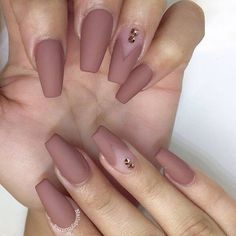 Matte nude/light brown