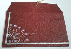 Indian Handicrafts: Designer Gift envelopes for cash (Red and Green)