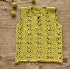 Strik til baby Archives - susanne-gustafsson. Knitting For Charity, Knitting For Kids, Baby Knitting Patterns, Free Knitting, Baby Vest, Baby Cardigan, Drops Design, Drops Cotton Light, Crochet Baby