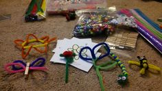 Bead & Pipe Cleaner Art Using images so children can create their own art based on the picture.