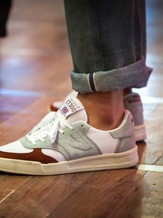 Different Types of Sneakers. I wager it is those sneakers that you use everywhere. Sneaker can be used for lots of things Me Too Shoes, Men's Shoes, Shoe Boots, Shoes Sneakers, Dress Shoes, Boho Shoes, Sneaker Outfits, Sneakers Mode, Sneakers Fashion