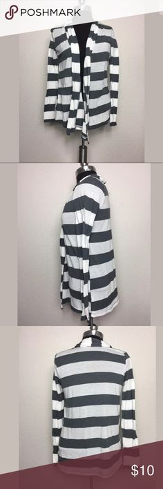 Forever 21 collar gray and white striped cardigan FOREVER 21 STRIPED CARDIGAN  FRONT DRAP AND COLLAR  GRAY AND WHITE  SHOULDER TO SHOULDER BACK 17 IN Forever 21 Sweaters Cardigans