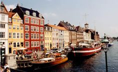 Nyhavn, Copenhagen - I'd like to get back with the girls this time