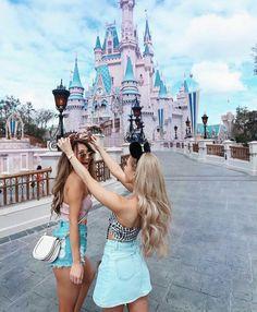 Cute disney pictures, disney pics, disney world pictures, bff pictu Disney World Fotos, Disney World Pictures, Cute Disney Pictures, Cute Friend Pictures, Disney Pics, Disney World Florida, Walt Disney, Bff Pics, Photos Bff