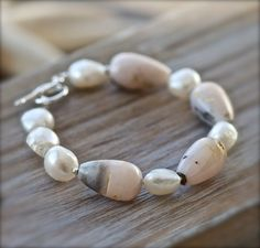 Pink Peruvian Opal and Pearl Bracelet. OOAK by seabluestudio