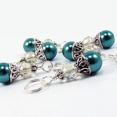 Knitting Stitch Markers Teal Pearls & Smoke by BrossARTaddiction Diy Earing, Crochet Supplies, Knitting Accessories, Yarn Needle, Yarn Colors, Stitch Markers, Knitting Stitches, Vintage Crochet, Crotchet