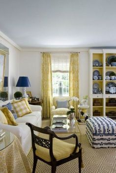 would love to have white in my living room but with granddaughter that is not possible Yellow Family Rooms, Blue And Yellow Living Room, Formal Living Rooms, Home Living Room, Cottage Living, Living Spaces, Blue Ceilings, Mellow Yellow, Traditional House