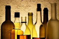 Are alcoholic drinks gluten free? Do beer, wine, mixed drinks or spirits contain gluten? The answer is yes... and no.