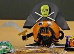 Creepy Creature Pirate Orange  -  Hersheys