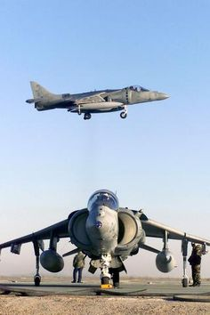 AV-8B+ Harrier II plus.  Worked many of these in New River  and Iwakuni.  Man could they screw up a traffic  pattern.  They would always refuse a go-around followed by much cursing in the tower.  Semper Fi.