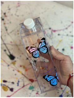 Cute Water Bottles, Best Water Bottle, Fiji Water Bottle, Drink Bottles, Drinking Water Bottle, Acrylic Plastic, Clear Acrylic, Milk Box, Diy Tumblers