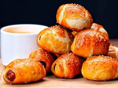 How to Make Pigs in a Pretzel Blanket #recipe