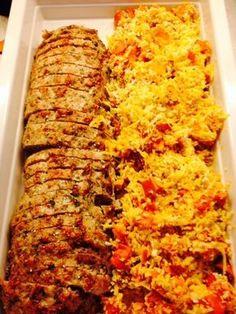 farsbrød-m-kylling. Carne, Cook N, Vegetarian Recipes, Healthy Recipes, Good Food, Yummy Food, Danish Food, Recipes From Heaven, Fall Recipes