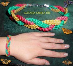 Macrame bracelet . Pulsera brazalete artesanal. handmade