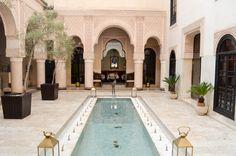 L'un des patios du Riad Fés. #riad #maroc #fes #relaisetchateaux  #patio Riad Fes, Le Riad, Moroccan, Culture, Outdoor Decor, Home Decor, Courtyards, Decoration Home, Room Decor