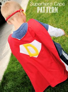 An easy beginner's tutorial for an awesome cape! This is what my nephew is getting as a  birthday present. :)