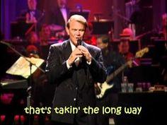 Glen Campbell - Rhinestone Cowboy (with lyrics) - YouTube