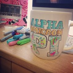 4 Crafting Essentials for Sorority Big/Little Week Gamma Sigma Sigma, Alpha Omicron Pi, Pi Beta Phi, Kappa Alpha Theta, Phi Mu, Alpha Chi, Big Little Week, Big Little Gifts, Sorority Big Little